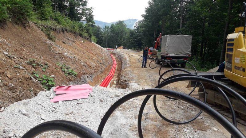 polaganje kablova-BjELAŠNICA PRECKO POLJE